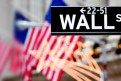 FEATURED_WallStreetSignAmericanFlag